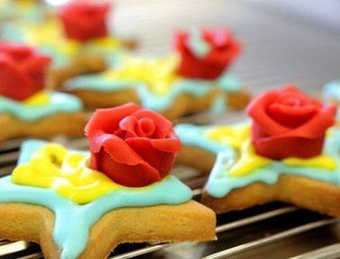 IL MATTINO   Migliaia di stelle-biscotto per gli ospiti delle Cucine Popolari